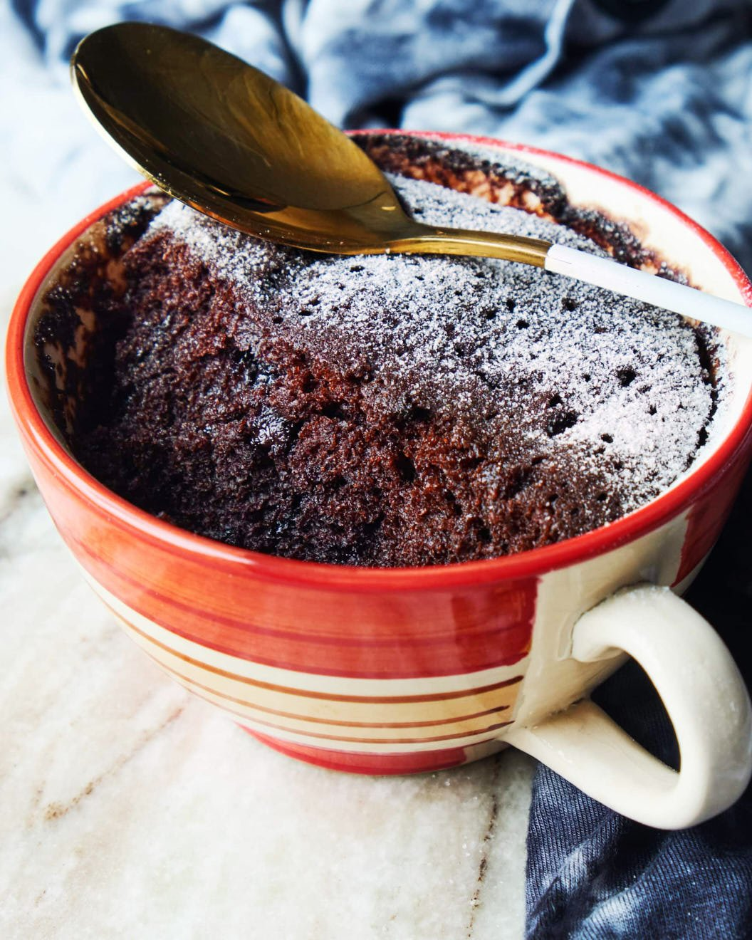Vegan Chocolate Mug Cake | THE BEST 2 Minutes Vegan Cake